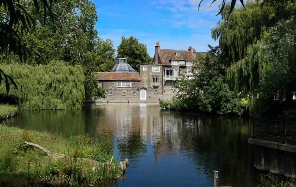Where to live near Cambridge