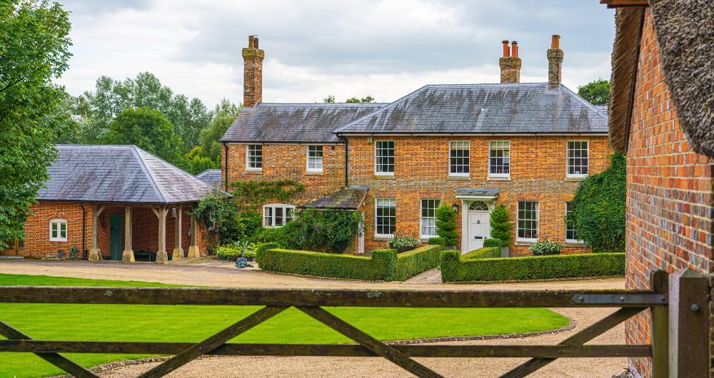 Impartial property advice